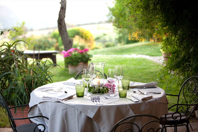 Outdoor dining in the vineyard