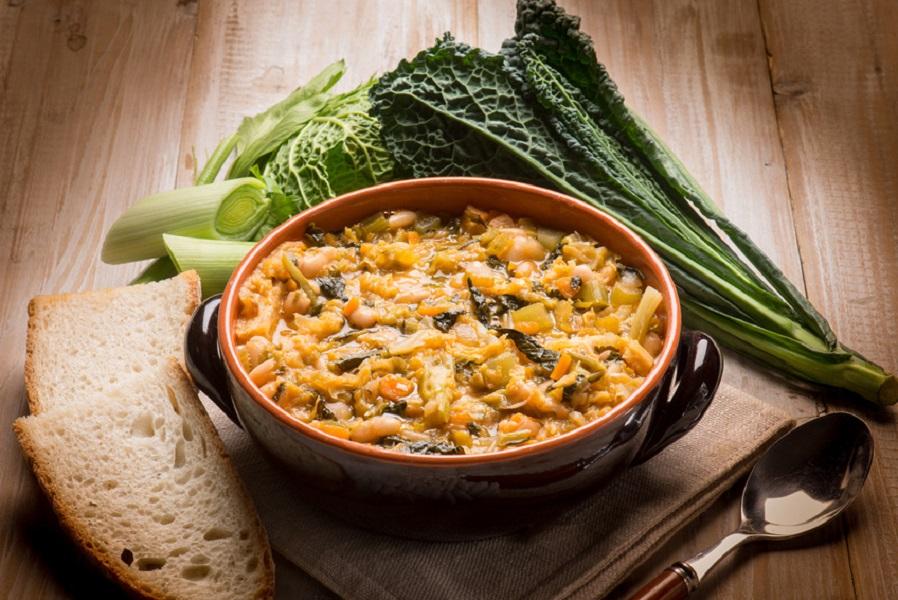 Cooking School. Tuscan soup Ribollita
