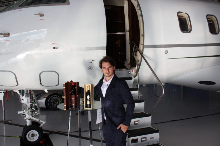 Flight To Luxury – Centennial Airport Denver