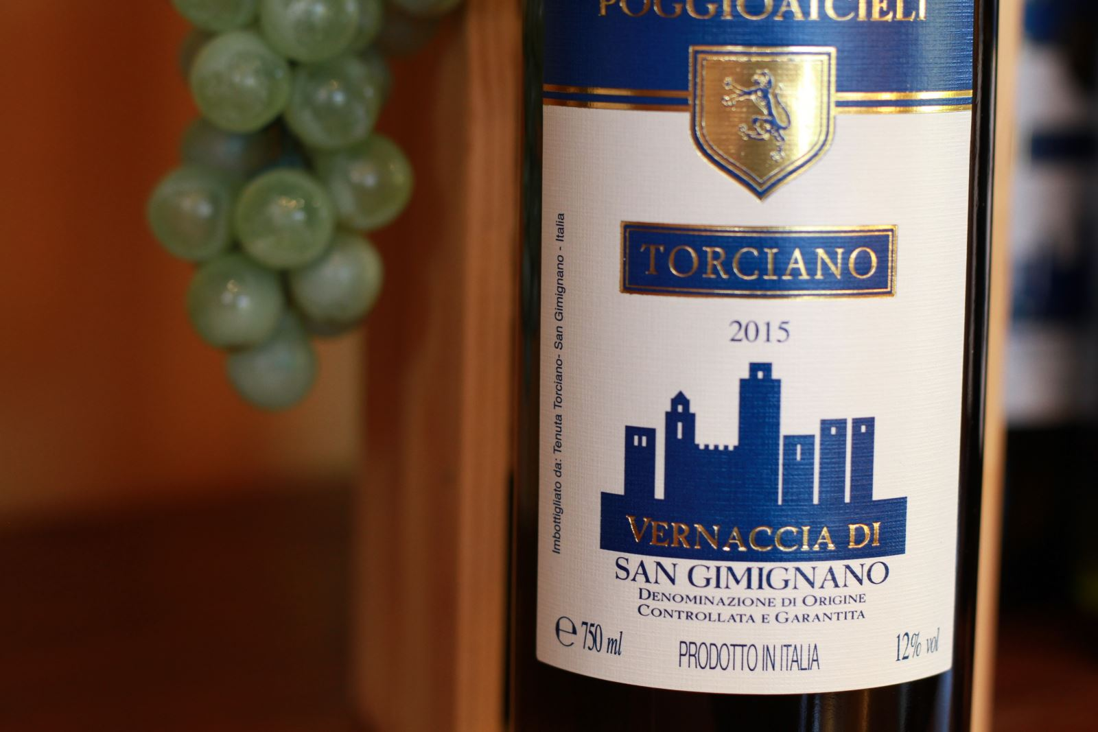 The Vernaccia of San Gimignano D.O.C.G. and its pairing