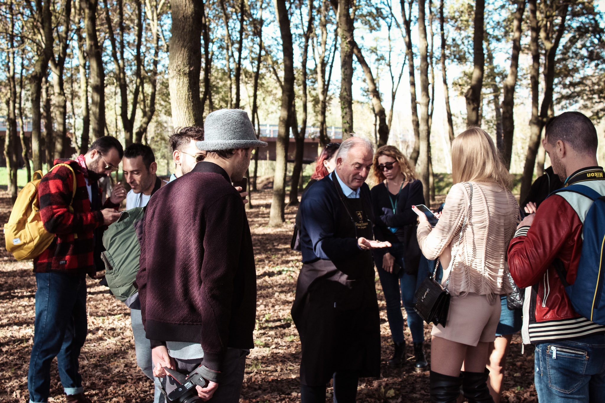 Special guests hunting for truffles, tasting the delicious wines of Tenuta Torciano