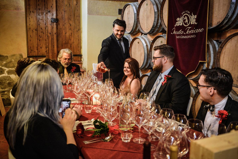 Matrimonio Cantina Toscana : Il matrimonio dei tuoi sogni in toscana u torciano magazine