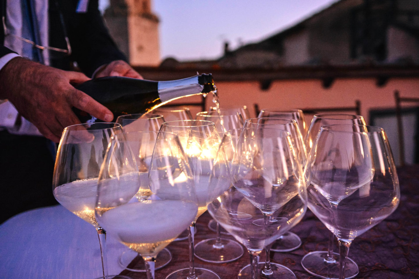 8 things you don't know about Prosecco, the most loved bubble in the world!