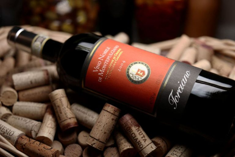 Nobile di Montepulciano Wine, ancient Tuscan aristocracy